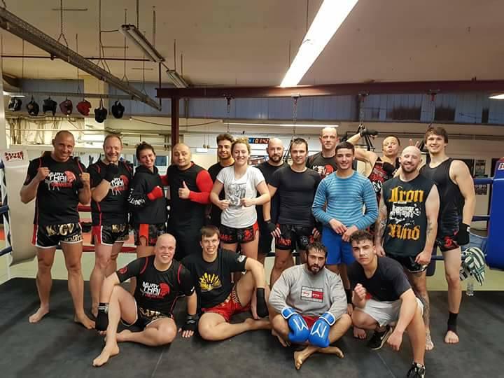 Sport, ickboxen. Team